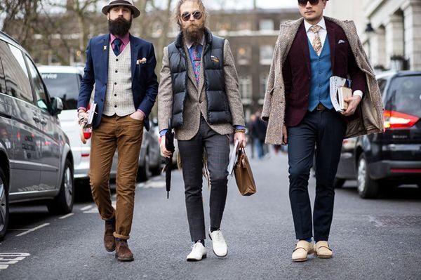 Как носить мужской жилет